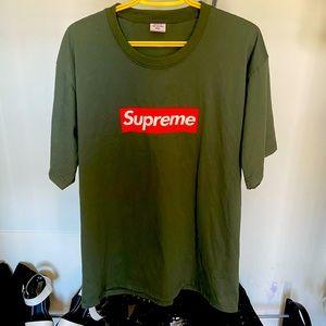 NWOT olive green supreme t-shirt size xxl